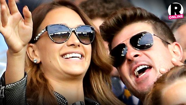 Robin Thicke Marry Girlfriend
