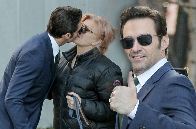 //hugh jackman kissing love wife deborra lee furness pp