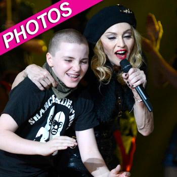 //rocco ritchie mom madonna stage