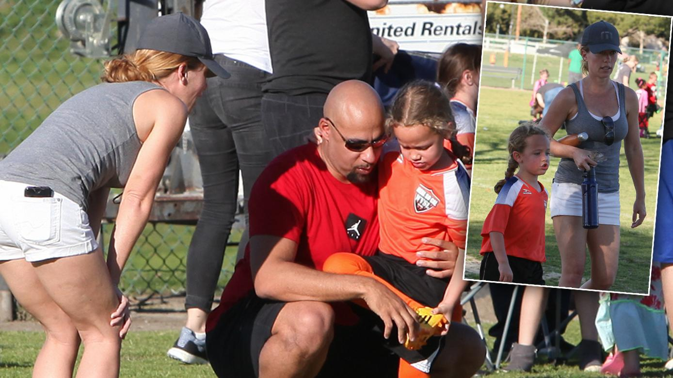 Kendra Wilkinson And Hank Baskett Reunite At Daughter Alijah's First Soccer Game One Month After Finalizing Nasty Divorce