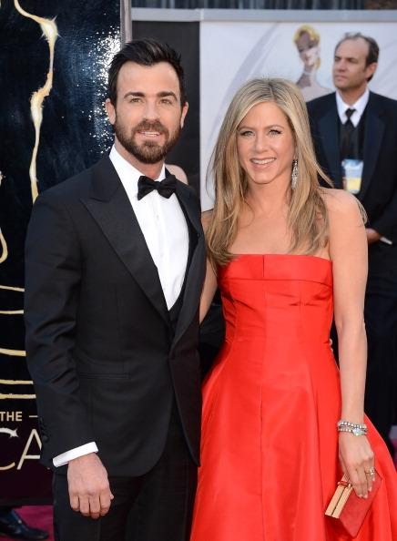 // actors justin theroux and jennifer aniston gettyimages