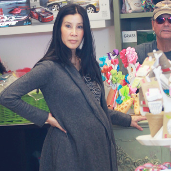 Lisa Ling giving birth