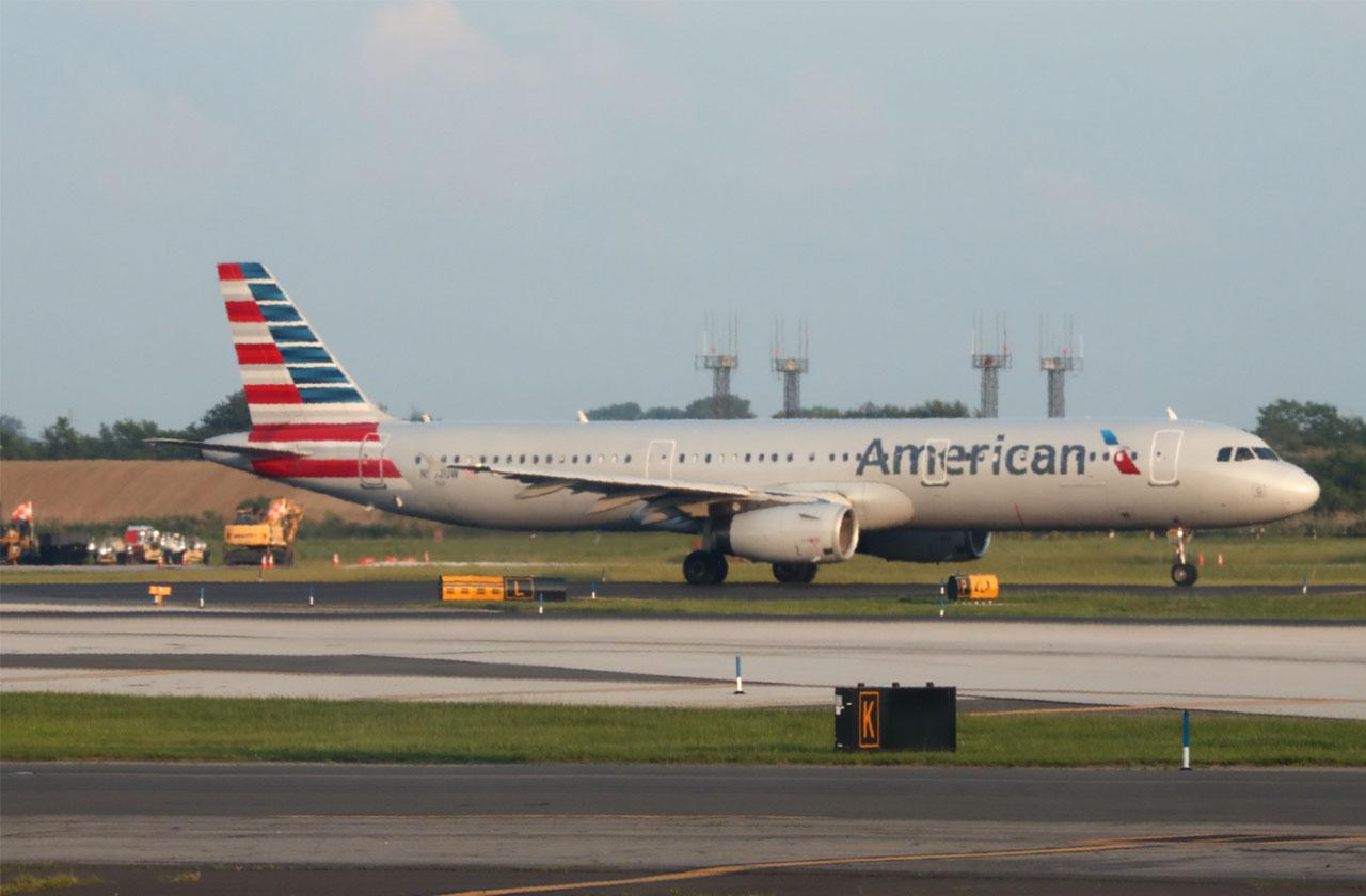 //Dead Fetus Found American Airlines Plane Bathroom pp