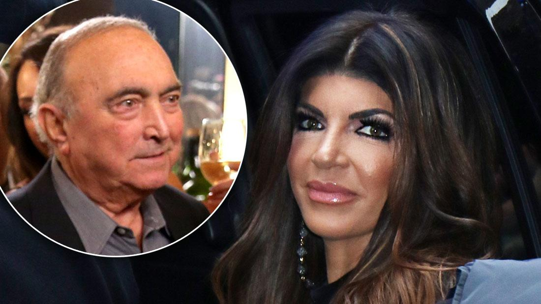 Teresa Giudice Leaves BravoCon To Take Father To Hospital
