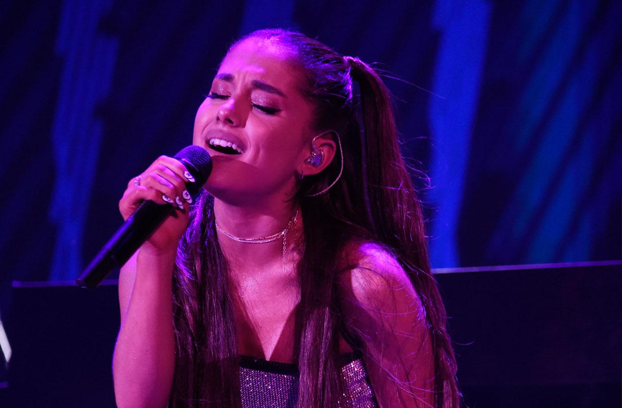 Ariana Grande Ditches Engagement Ring Performance