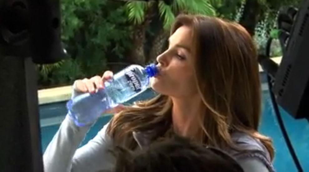 Cindy Crawford Propel Commercial