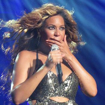 Beyonce Banned Big-Name Stores Aren't Stocking Her New CD
