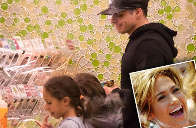 jennifer lopez casper smart kids twins ice cream