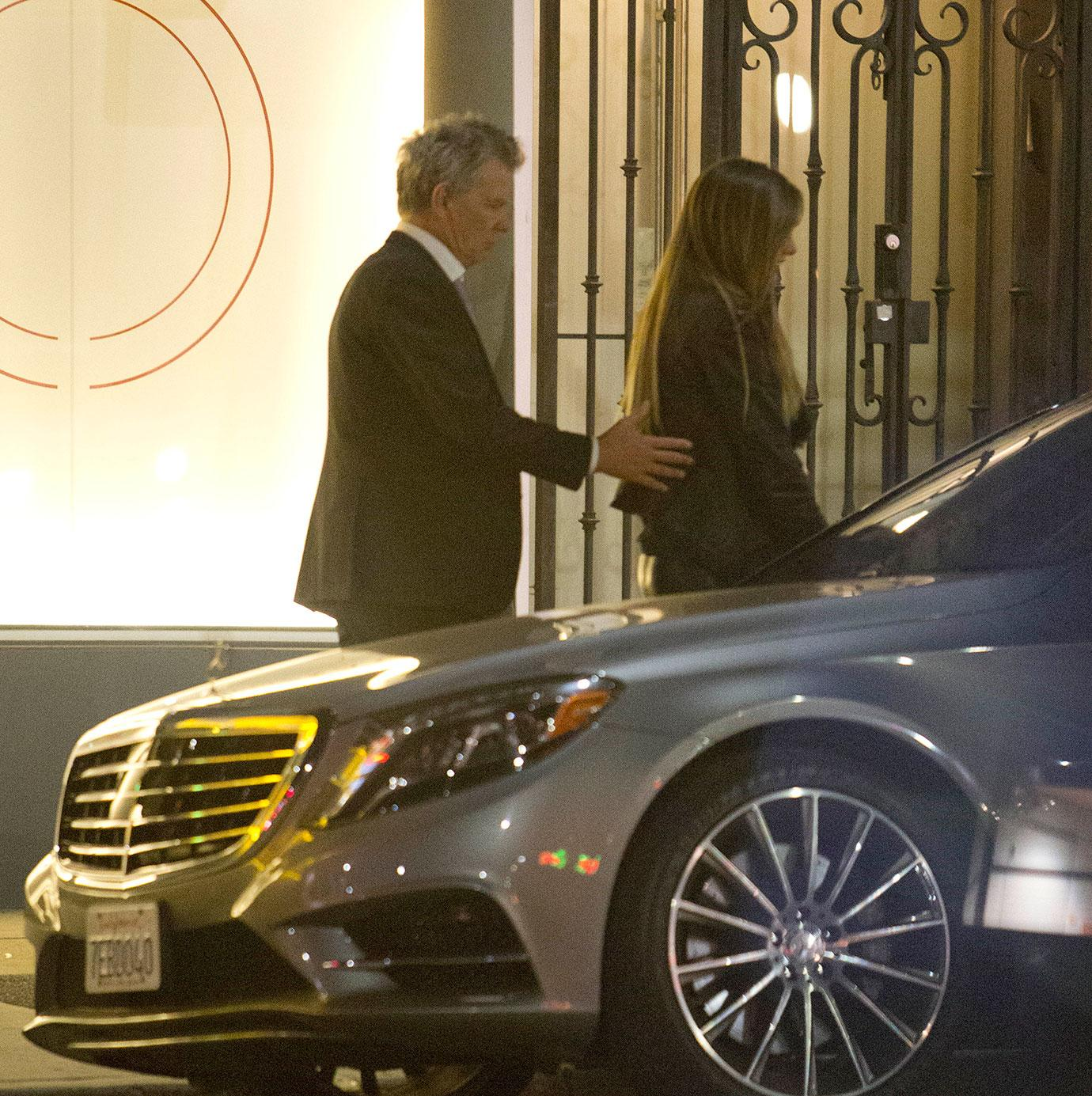 David Foster leaves strip club with mystery blonde | Daily