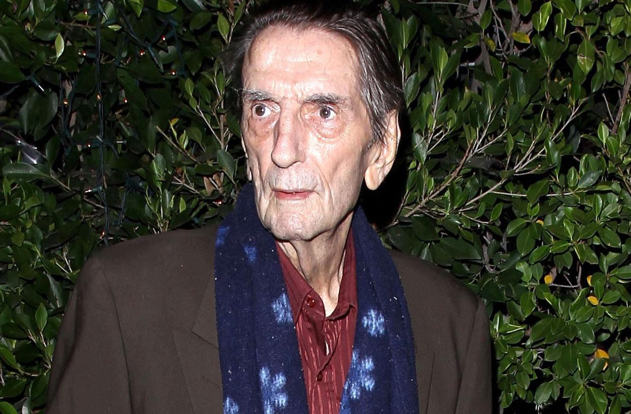 //harry dean stanton dying deathbed sick health crisis pp