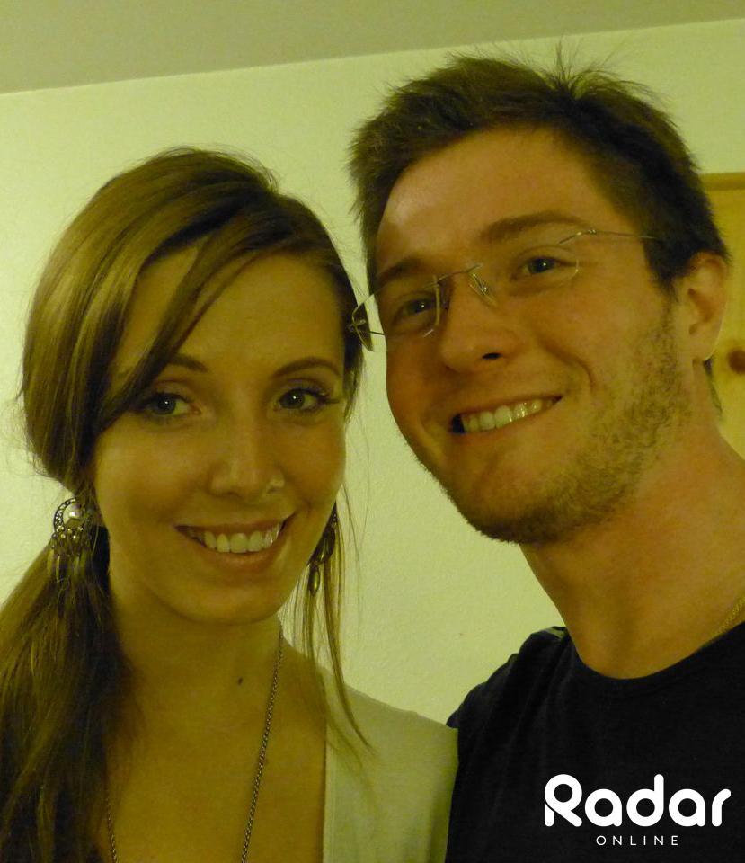 //raffaele sollecito intimate snapshots green card girlfriend kelsey kay