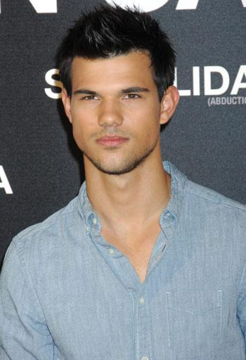 //taylor lautner straight splash