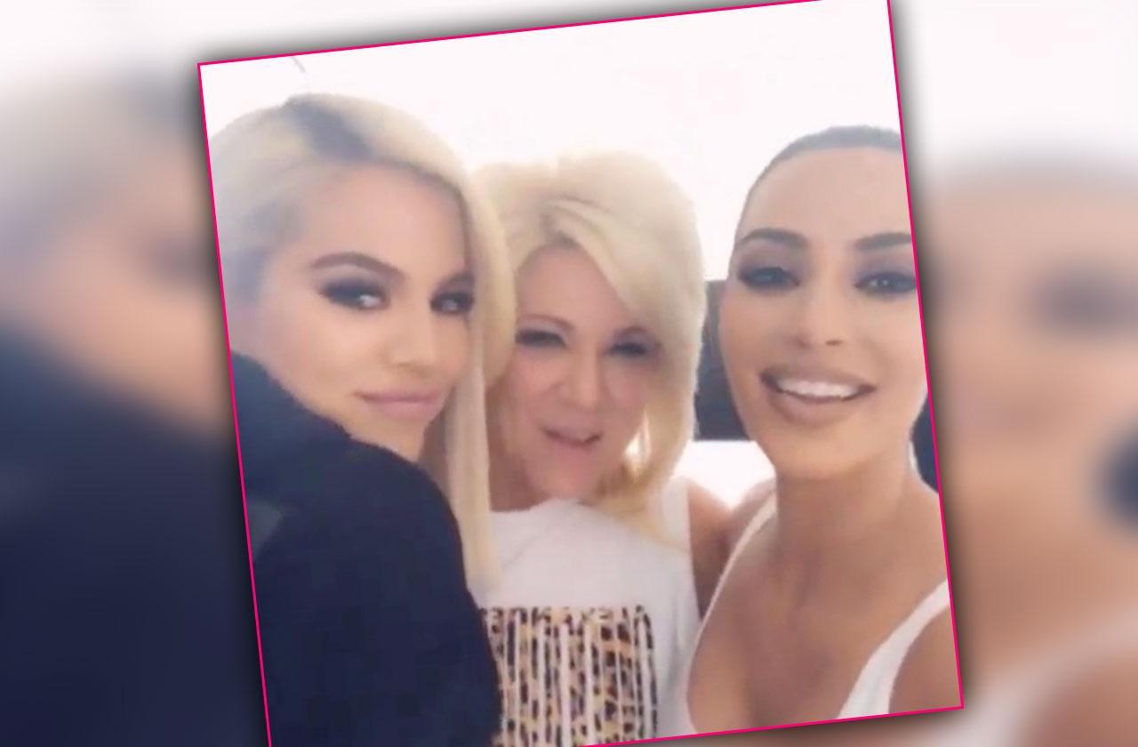: Khloe Kardashian Kim Reading From Long Island Medium