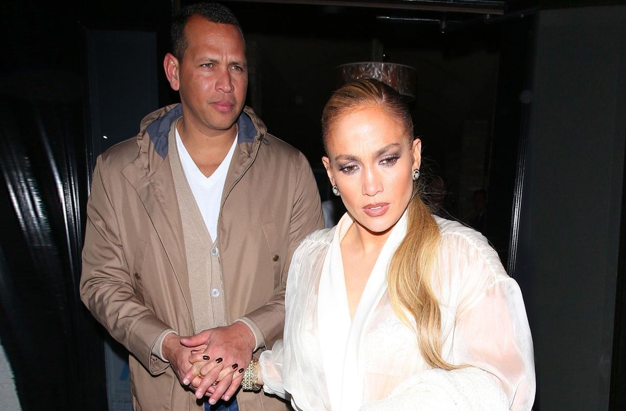 //Alex Rodriguez Jennifer Lopez date ring pp
