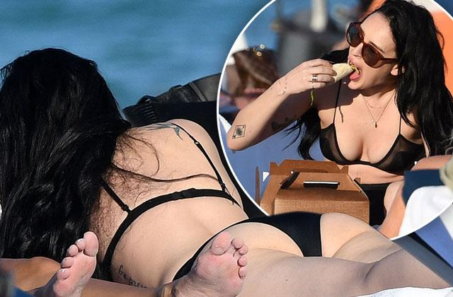 //rumer willis bikini nip slip smoking