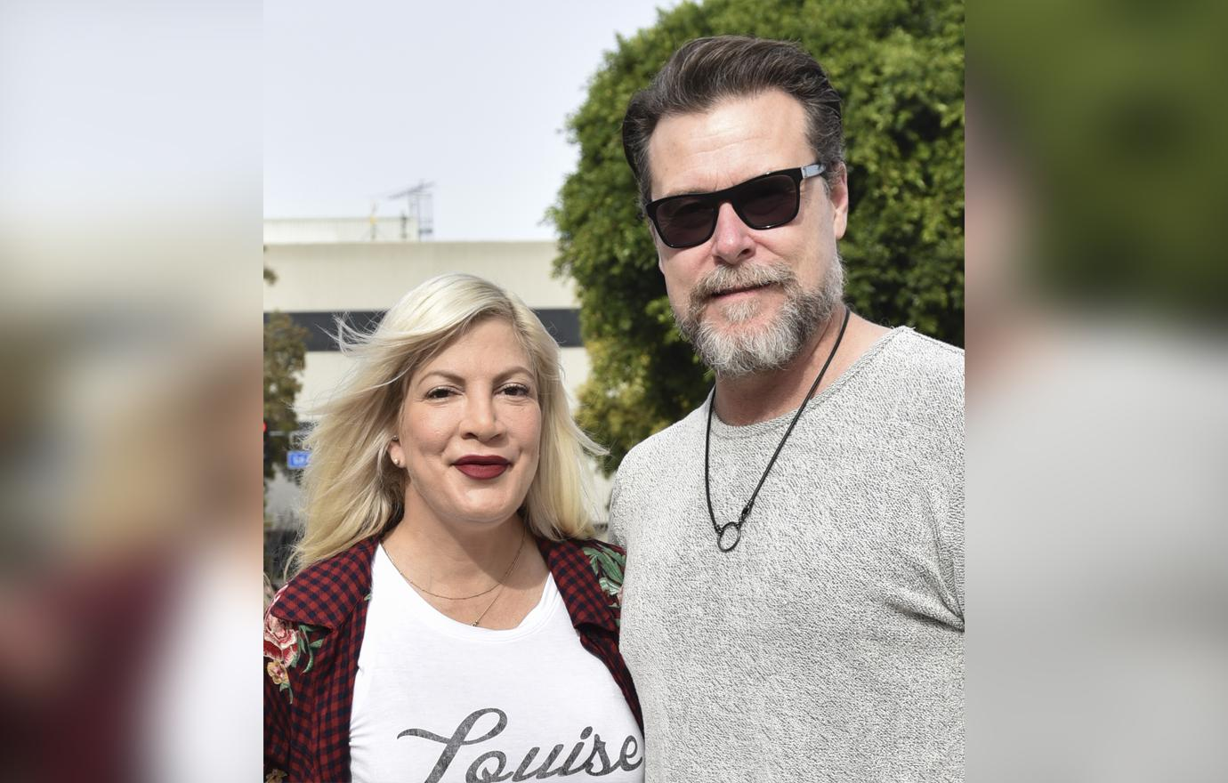 //tori spelling and dean mcdermott in romantic hawaiian vacation pp