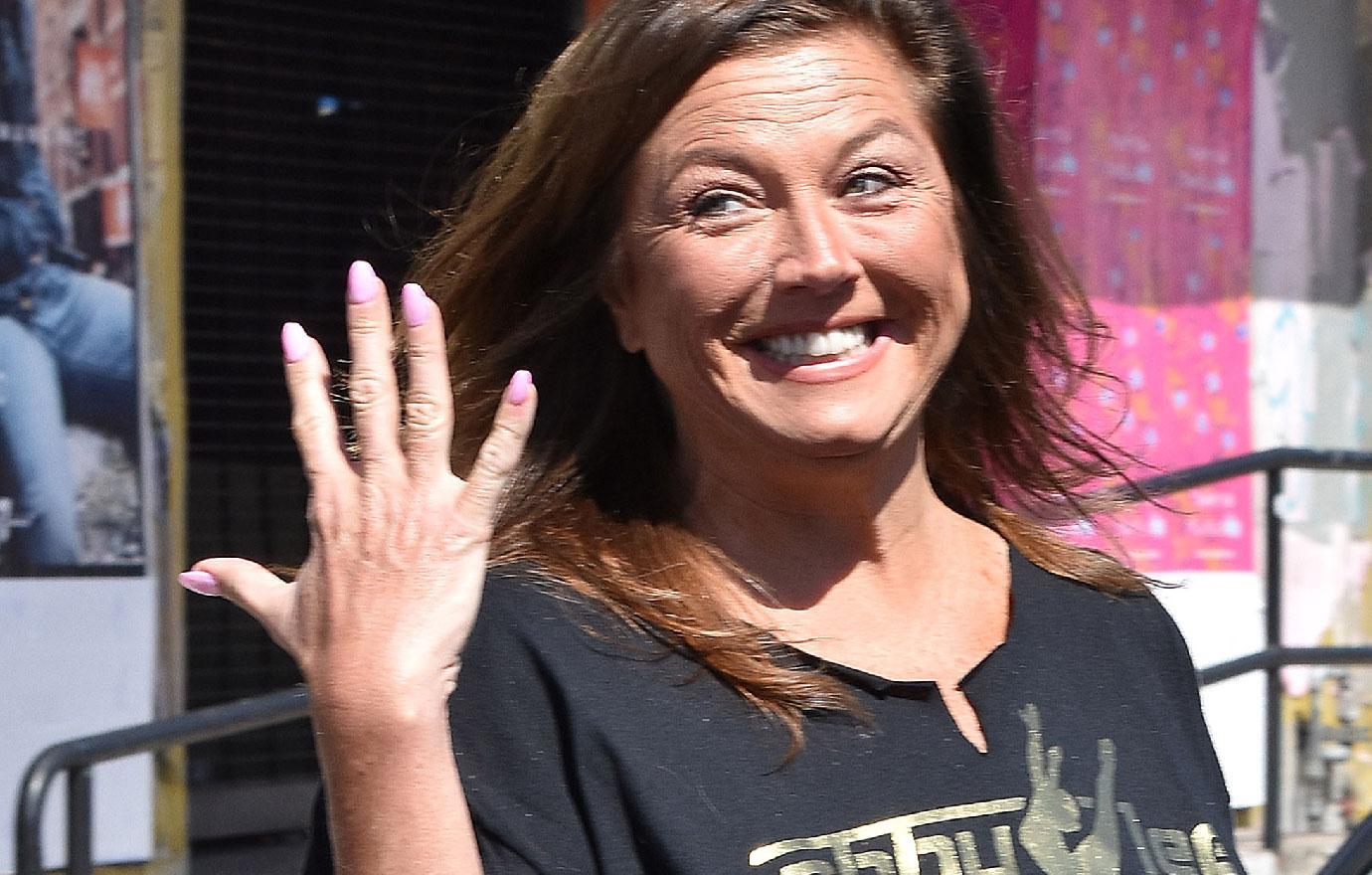Cancer Stricken Abby Lee Miller Tans Herself In Wheelchair