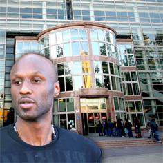 //lamar odom delay court van nuys square