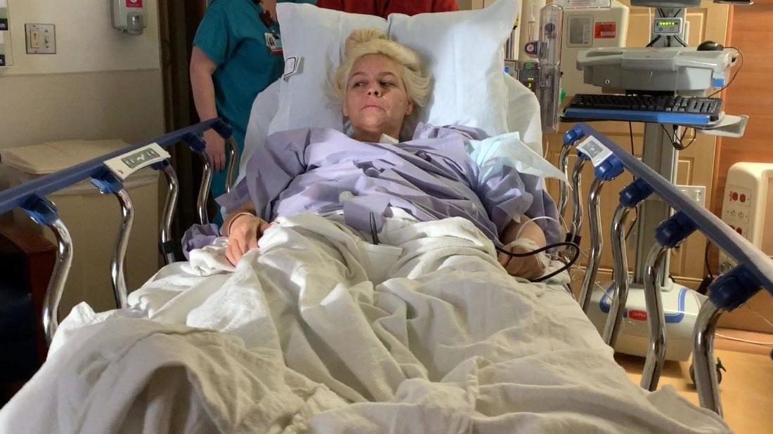 Beth Chapman Rushed To Hospital Breathing Issues