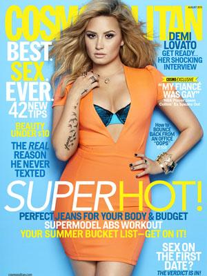 //cos demi lovato august cosmo de