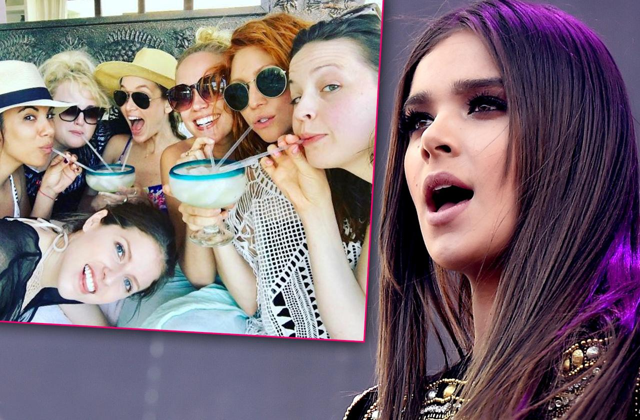 'Pitch Perfect' Feud Hailee Steinfeld Mexico