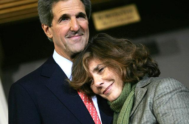 //john kerry wife secret investment offshore tax haven panama papers pp