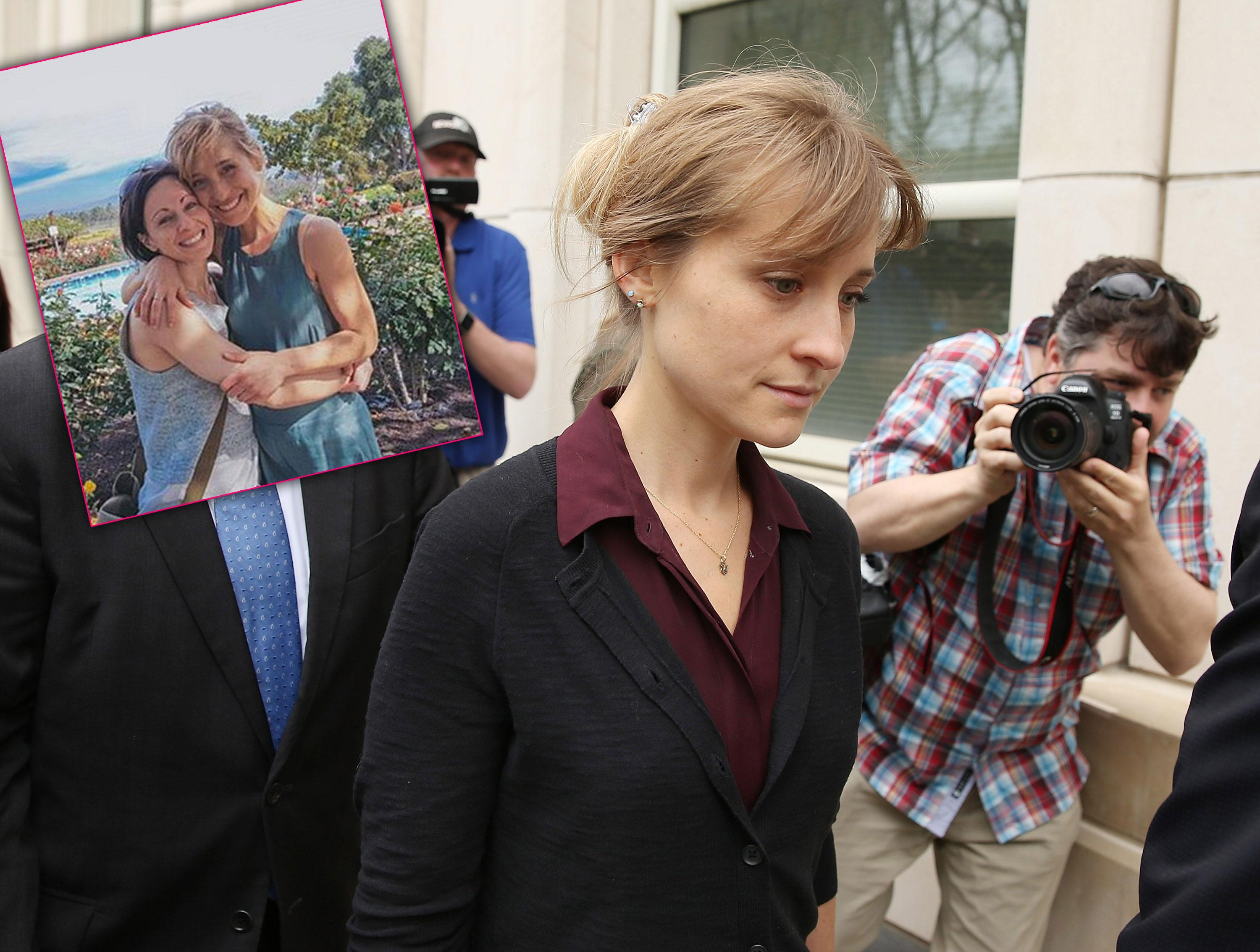 allison mack friends turning against her cult sex trafficking case