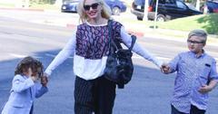 Gwen Stefani Church With Kids Roomy Shirt Pregnancy