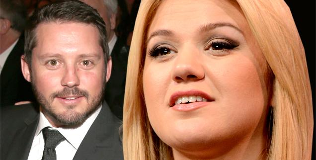 //pregnant kelly clarkson cheating husband  wide