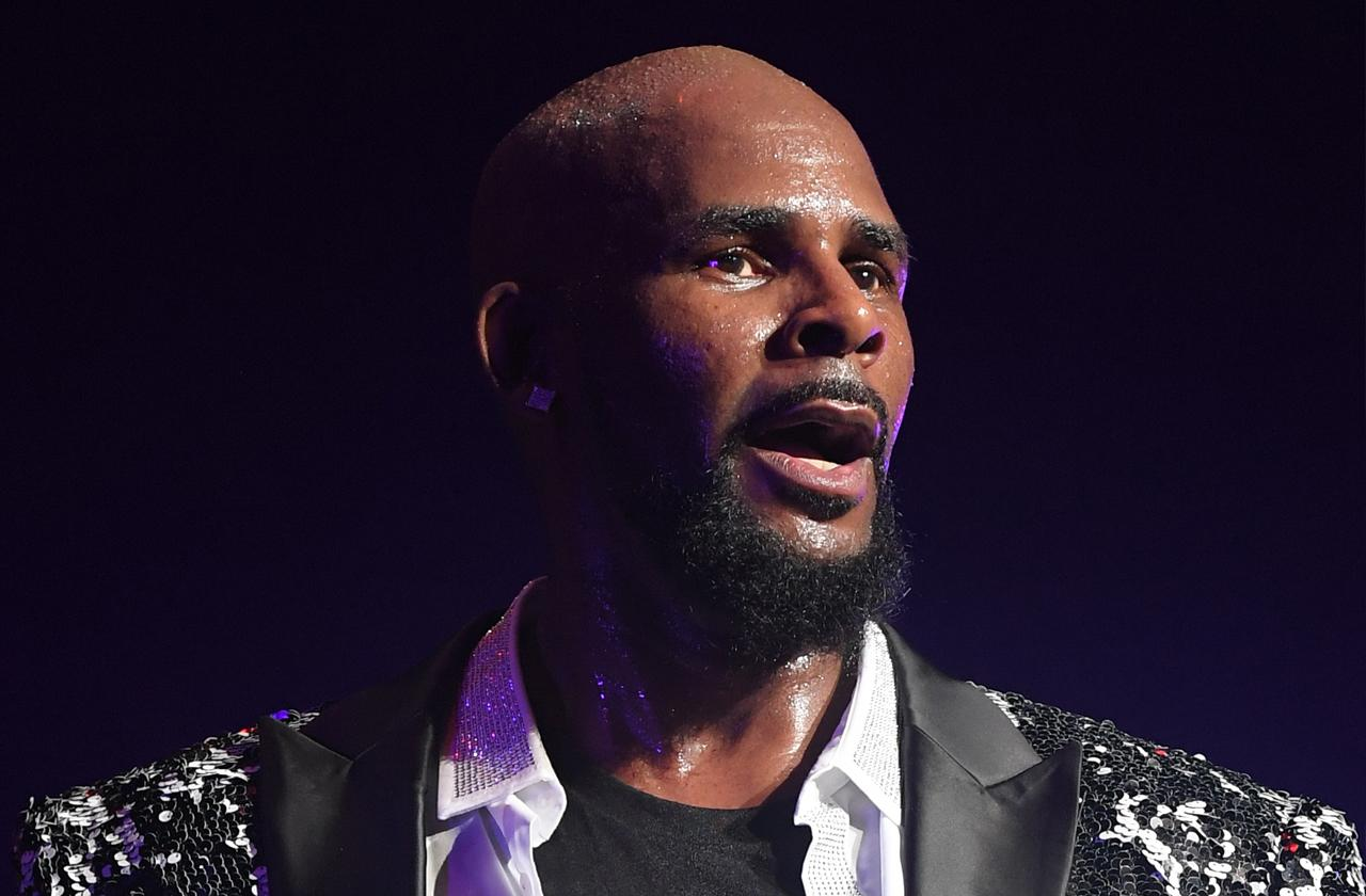 r Kelly victim father speaks out daughter missing two years sexual abuse claims