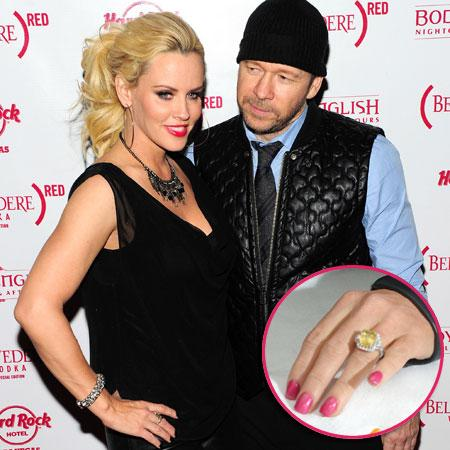 //jenny mccarthy donny whalberg engaged pp