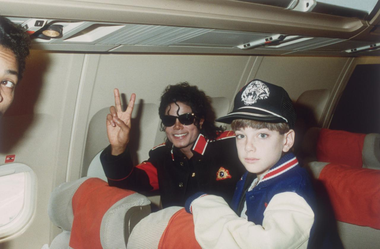 Michael Jackson on an airplane with an adolescent friend James Safechuck