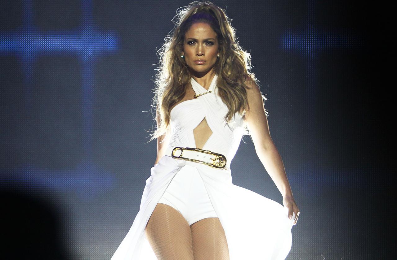 Jennifer Lopez Looks Stunning At 48