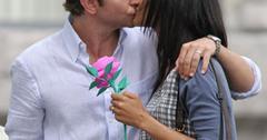 //bradley cooper zoe saldana kiss couple bauer griffin