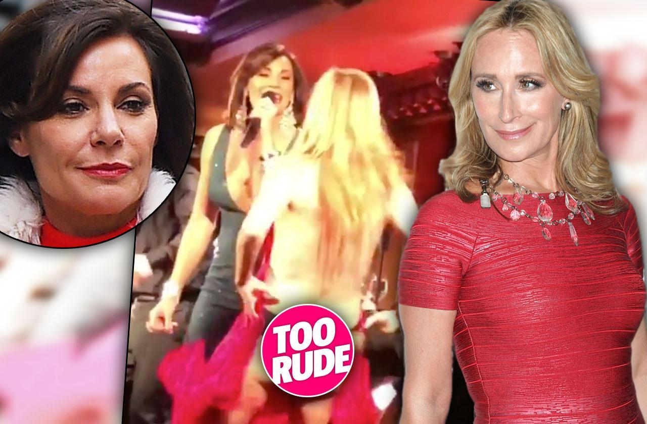 //Sonja Morgan Loses Dress Burlesque Video pp
