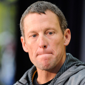 //lance armstrong apology livestrong