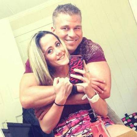 //jenelle evans and nathan griffith pp
