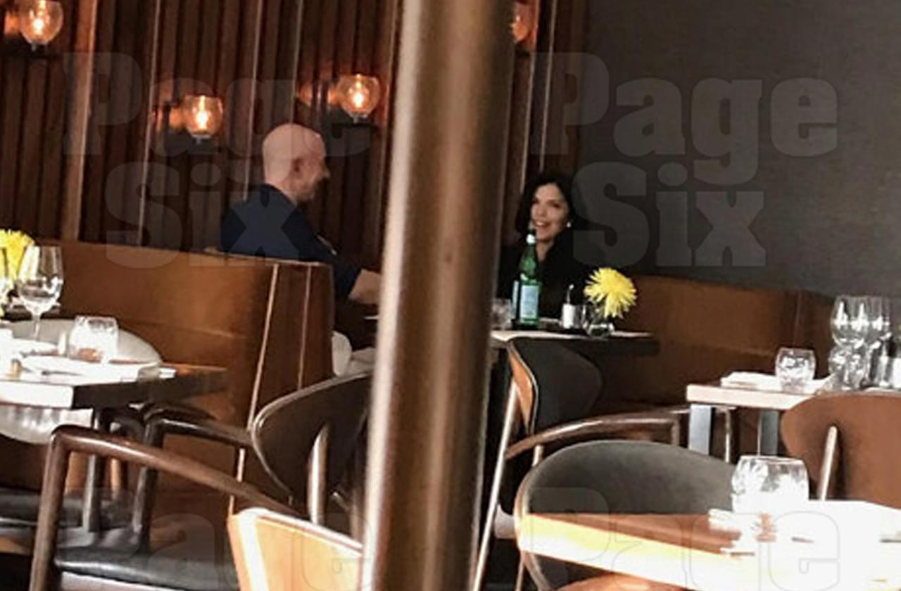 jeff bezos mistress lauren sanchez public date amid bombshell affair