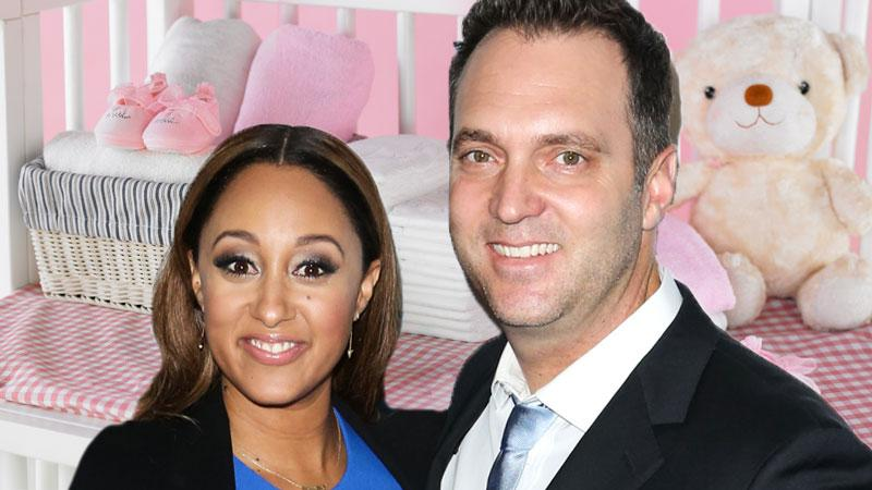 Tamera mowry gives birth daughter