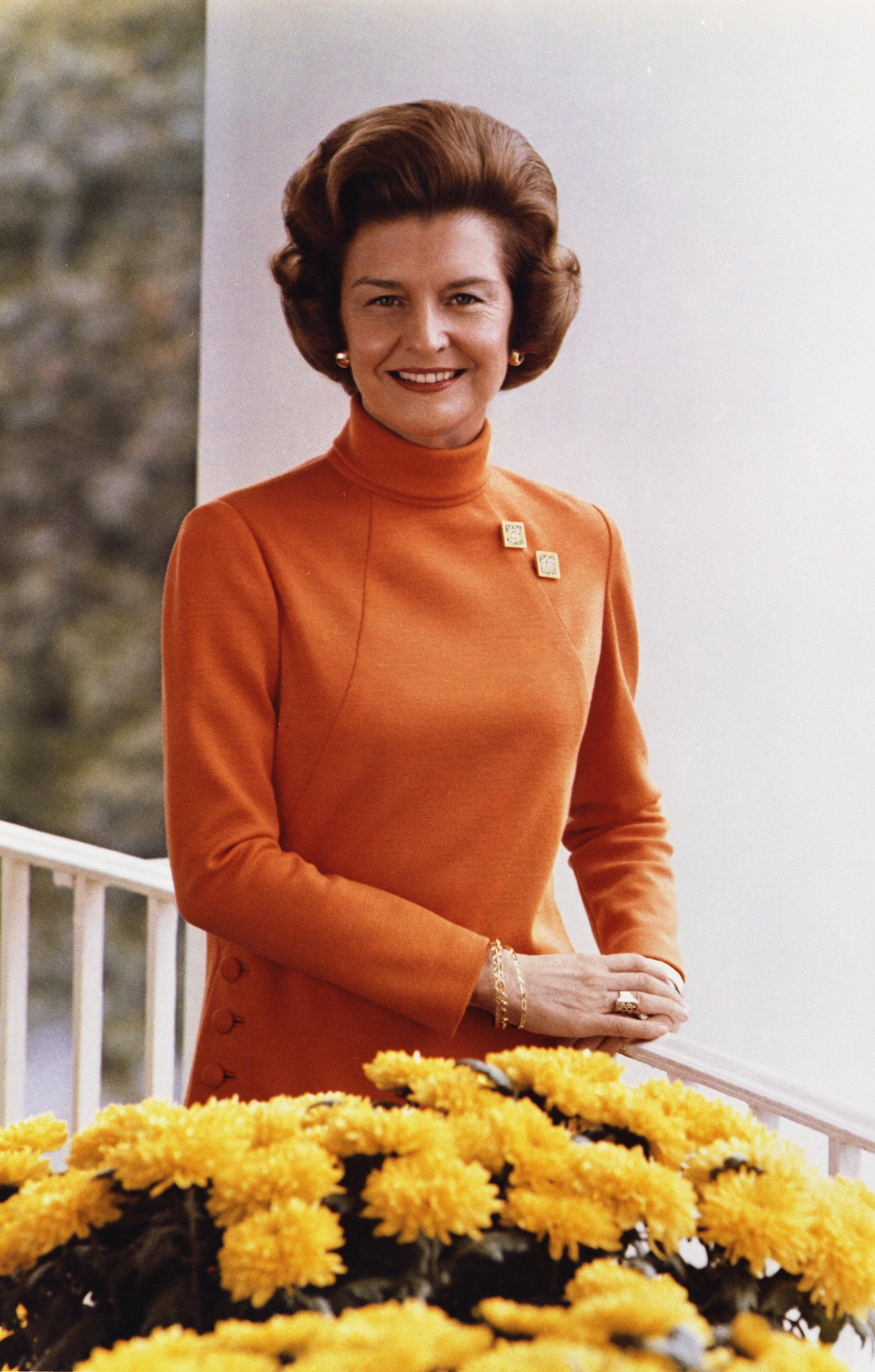 //betty_ford_official_white_house_photo_color_
