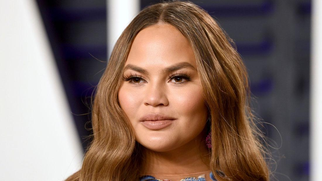 Chrissy Teigen With Straight face