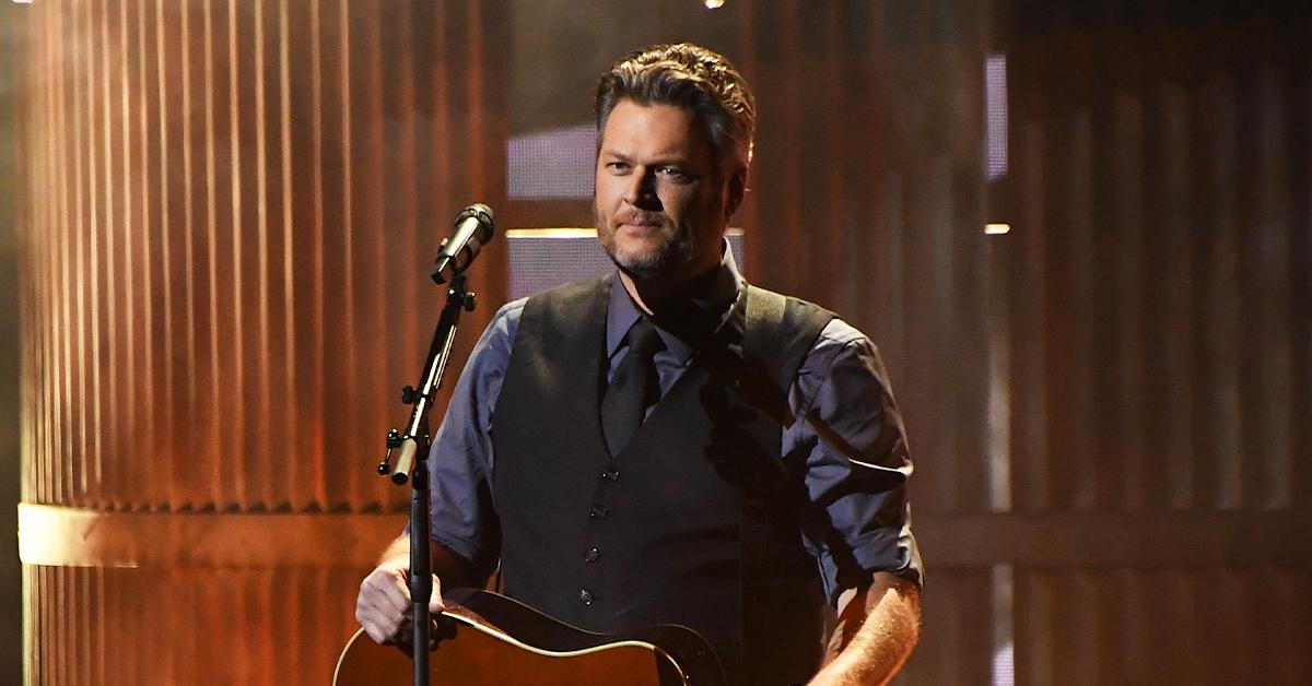 blake shelton the voice producers looking to replace judge ariana kelly pp