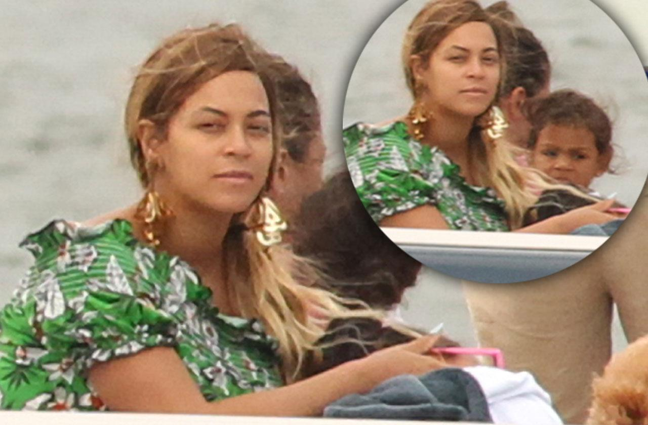//Beyonce family yacht after twins pp
