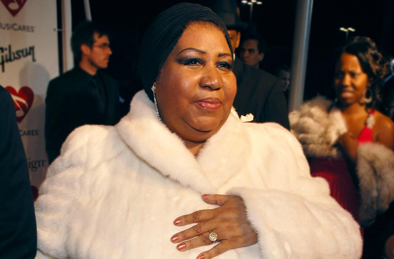 Aretha Franklin Burial White Fur Coat