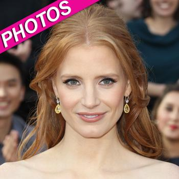 //jessica chastain hair makeup oscars splash