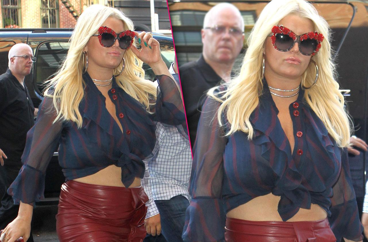 //jessica simpson belly boobs red leather skirt pp