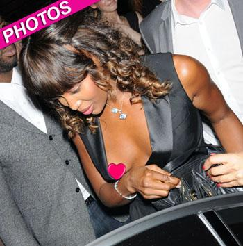 //naomi campbell nip slip fashion week wenn