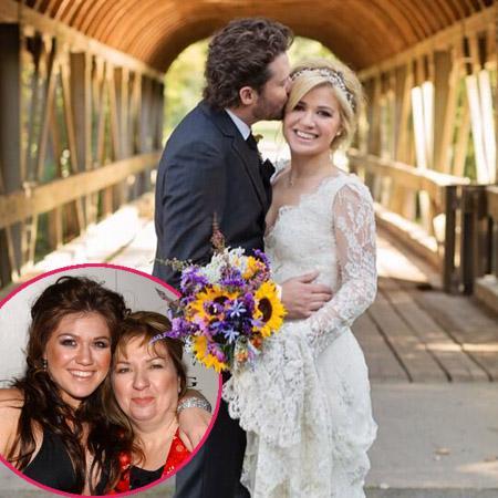 //kelly clarkson wedding mother