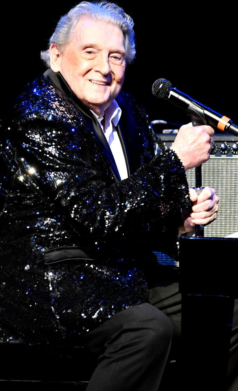 Jerry Lee Lewis Leaves Rehab Center After Stroke