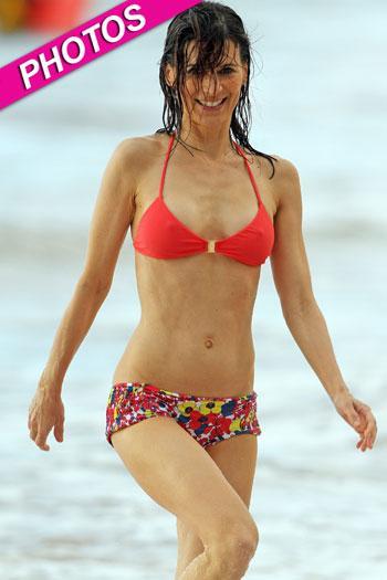 //perrey reeves splash bikini